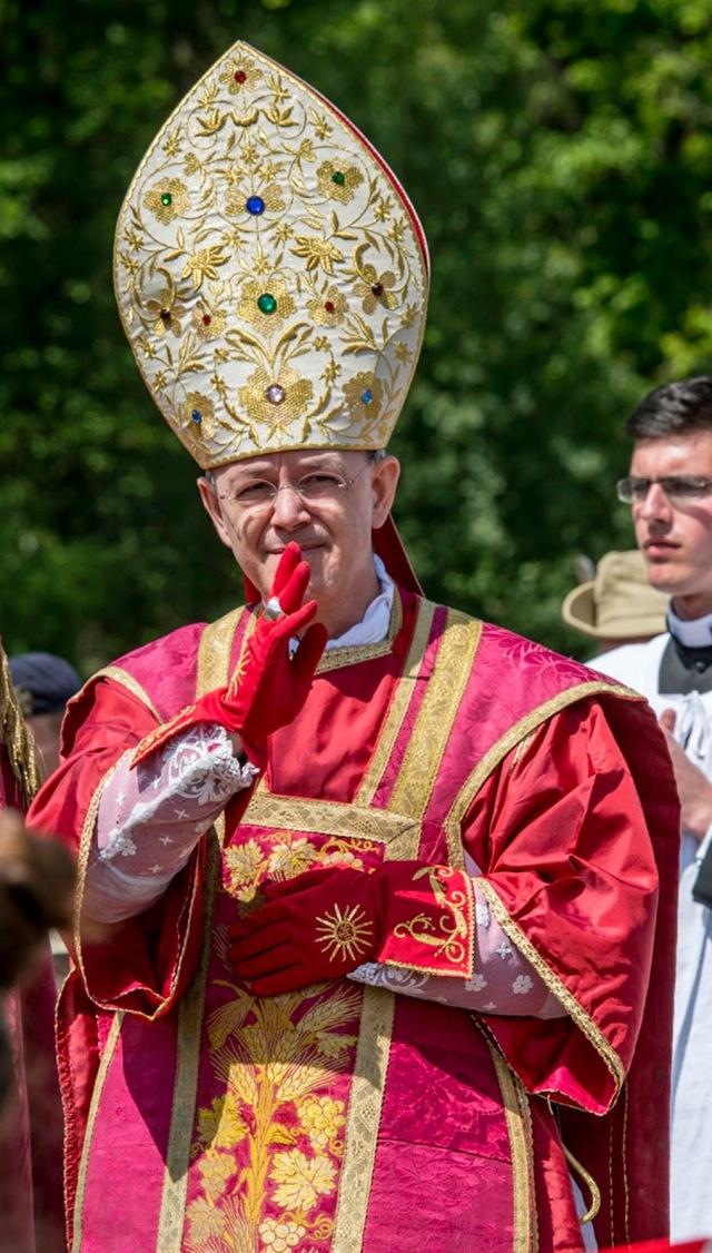 bishop-schneider