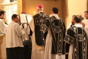 Warna liturgis hitam