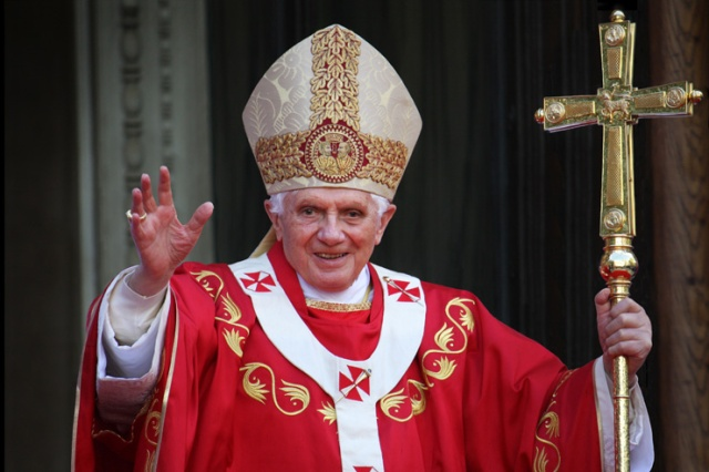pope-benedict-xvi-shutterstock-featured-w740x493