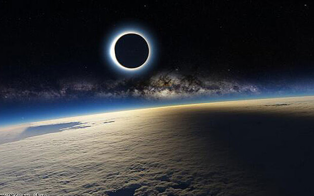 Eclipse_FAKE_PIC_3239175b