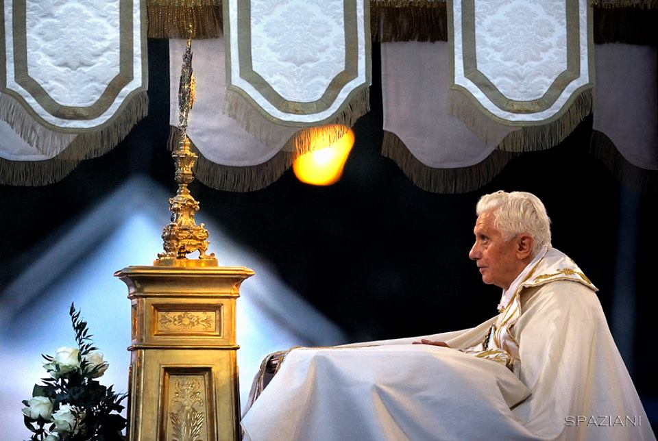 Papa Ben Corpus Domini